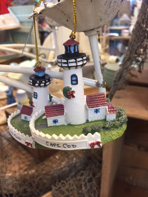 Resin White House Christmas ornament