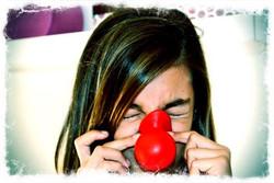 Paula con nariz de payaso. Preciosa y gran artista