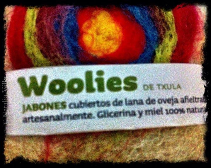 Pau, Mateo y Ainhoa me regalaron este maravilloso jabón de _La Txula_. Con el logo de olorAMAR!!