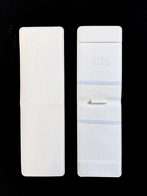 White Pebbled holder