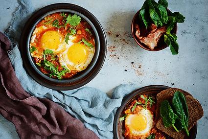 Shakshuka (Eggs in Tomato-Pepper Sauce)