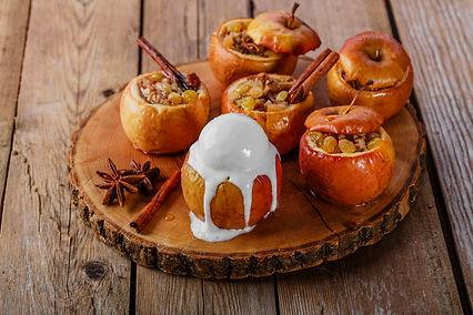 Baked Apples with Raisins and Cinnamon.j