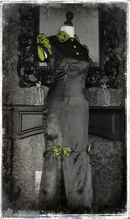 The DeadMistress of Horror High Vintage Style Gown