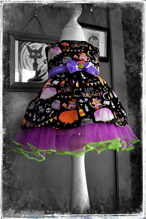 Hocus Pocus Cute Little Hallowe'en Vampire Dress