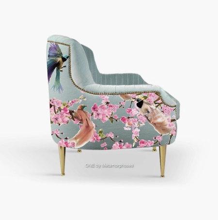 Fauteuil lounge moderne avec une impression motif japonisant et tissu velours