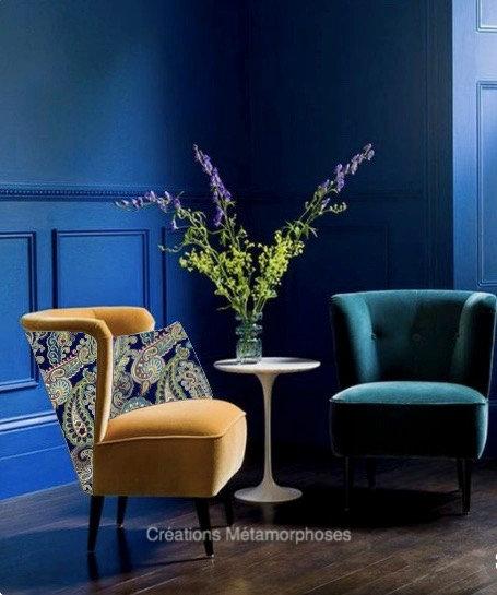 Chauffeuse lounge personnalisable avec imprimé cachemire et velours