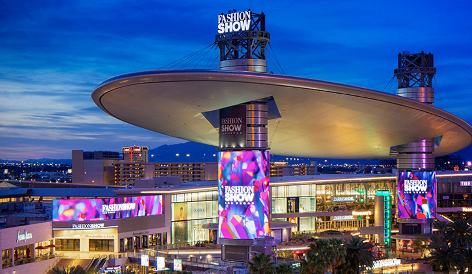 Shopping on the Las Vegas Strip.jpg