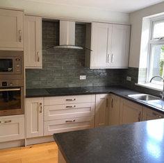 Kitchen instalation service in Reading.