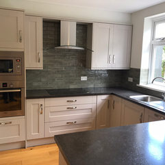Kitchen instalation service in Reading.