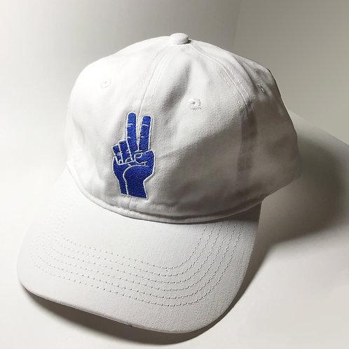 White baseball cap_Peace sign
