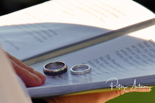 wedding rings photograph France.jpg