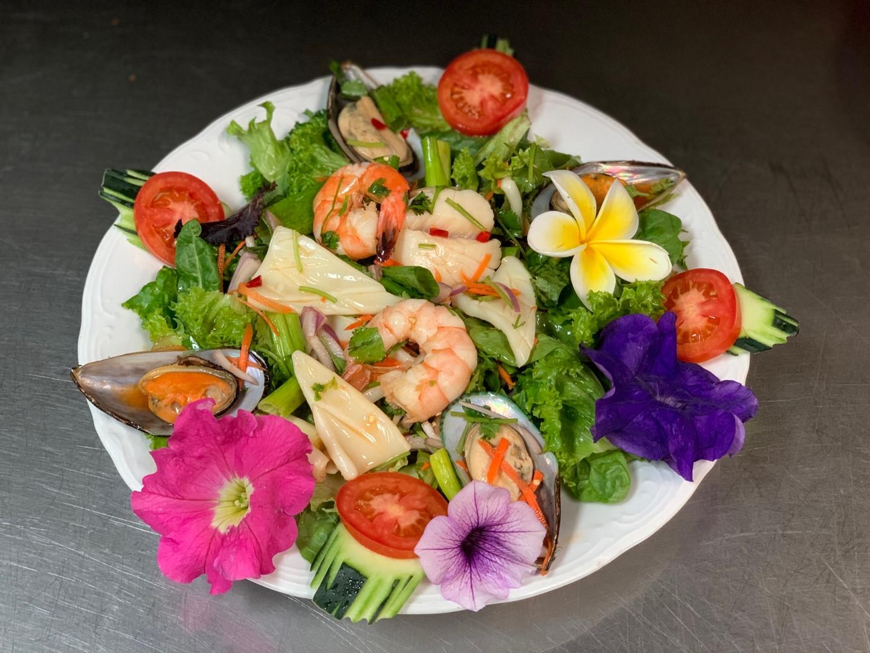 Yum Talay (Seafood Salad)