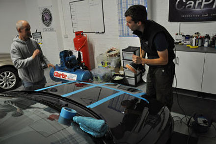 Gordon Muir giving one to one detailing training