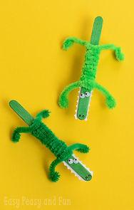 crocodile sticks, crocodile craft, crocodile activities for kids, reptile crafts, reptile activities, Nature For You