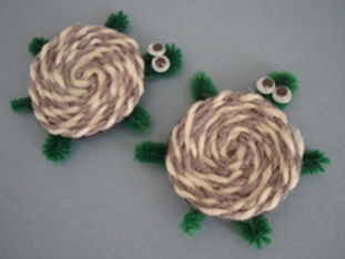 yarn turtles, turtle crafts, turtle activities for kids, reptile crafts for kids, Nature For You