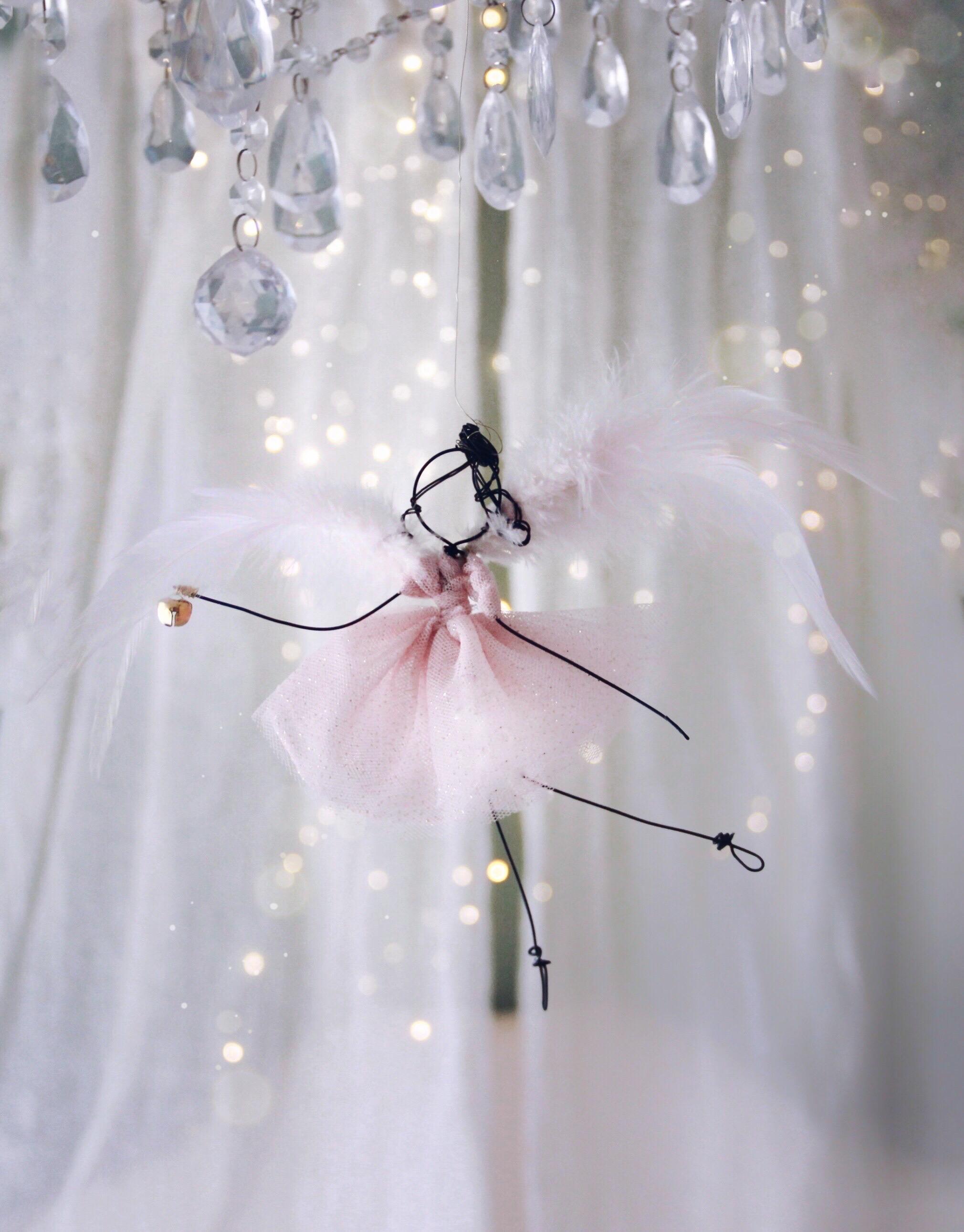 angelo piume rosa