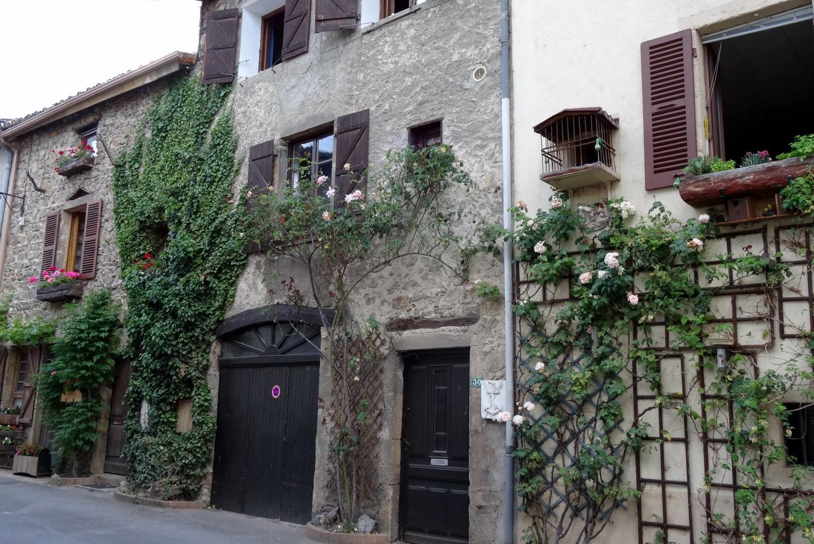 St pierre de boeuf rue du port - Restaurant du port st pierre de boeuf ...