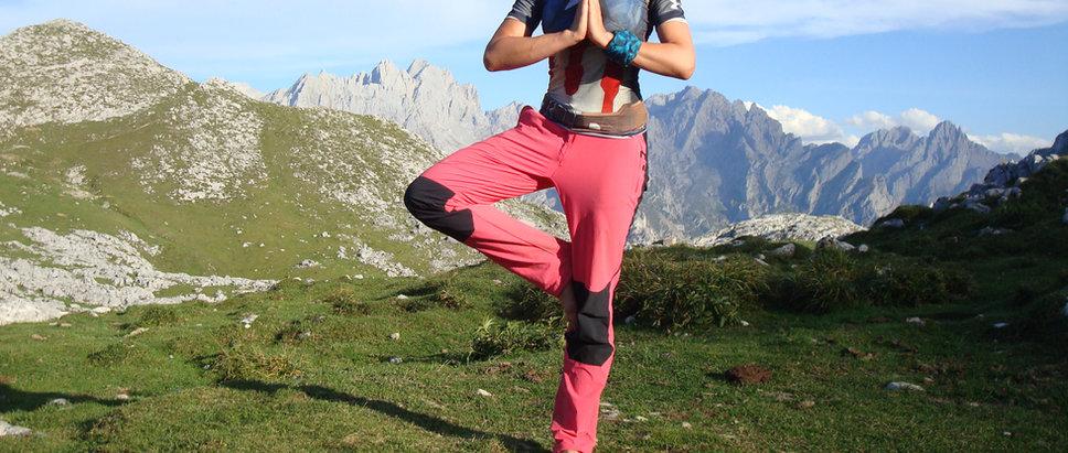Jueves 8 > YOGATREK con vivac en Picos de Europa