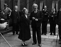 Margaret Bondfield with Ramsey MacDonald