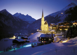 Heiligenblut im Winter bei Nacht
