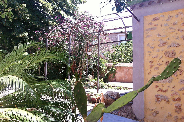 La gloriette | Sous la Tonnelle
