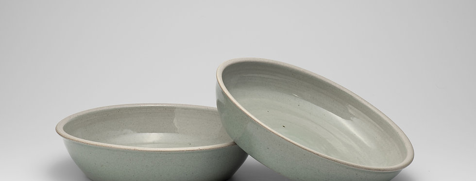 Oven dishes ideal for cooking a crumble in the oven.