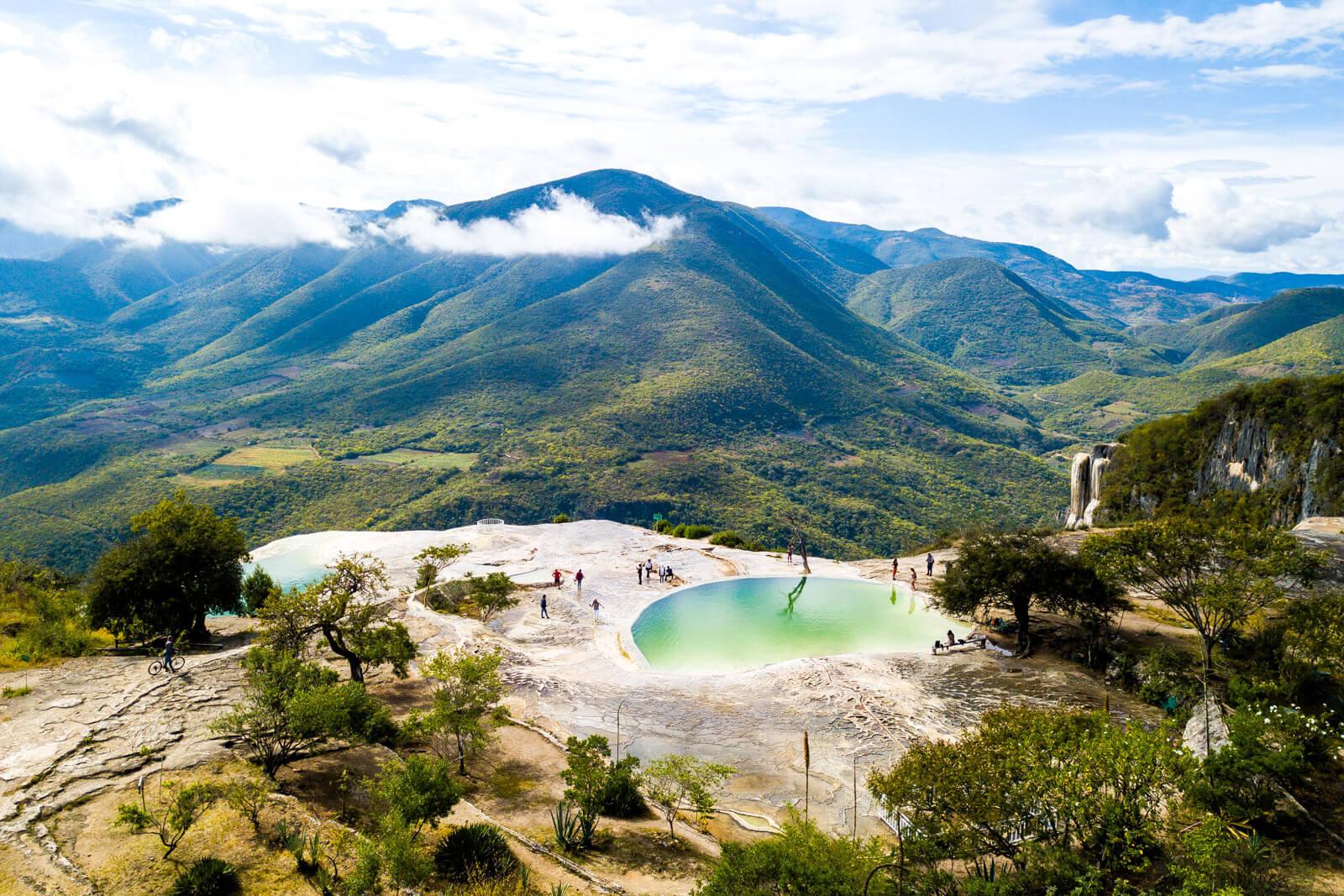 Hierve-el-Agua-Oaxaca.jpg