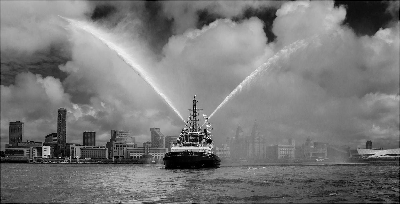 Mono 1 - Liverpool Waterfront - Ian Kemp