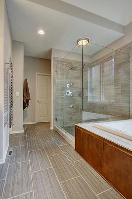 Neutral Colors, Shower, Tub, Bathroom, Modern Bathroom