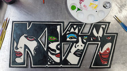 KISS plaque