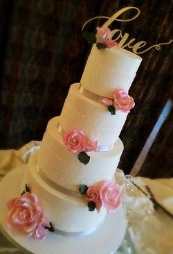 Crystal Sugar and Pink Roses
