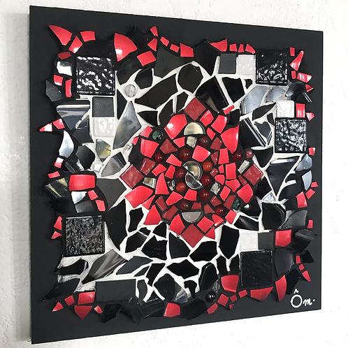 """Tableau """"CHAKRA ROUGE"""" (20 x 20 cm ) - 2020"""