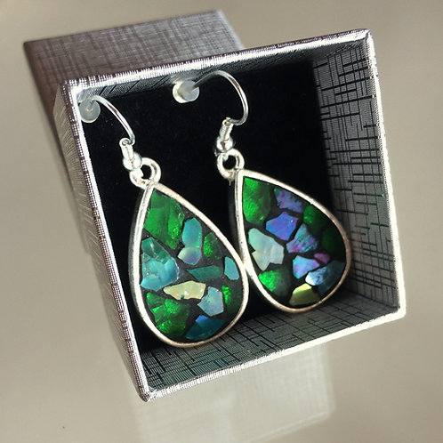 Boucles d'oreilles GOUTTES D'EAU & mosaïque de verre TONS VERTS