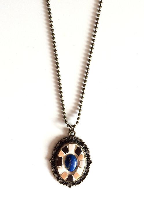 Collier VINTAGE pendentif ovale - mosaïque de terres cuites & Lapis-Lazuli