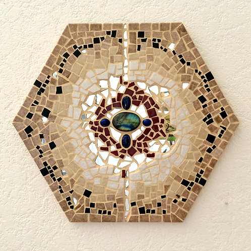 """""""OMEGA"""" tableau mosaïque hexagone 22,5 cm x 25,5 cm"""