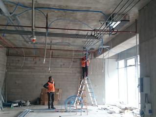 MAHALL Ankara B Blok 02 nolu Ofis şantiyesinde FanCoil cihazlarının montajı başladı.