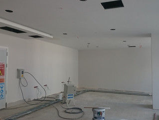 MAHALL Ankara B Blok 15 nolu Ofisi duvar ve asma tavan boya işlemi devam ediyor.