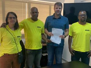 Tutuca recebe pedido de intervenção da Associação de Moradores do Oficinas Velhas