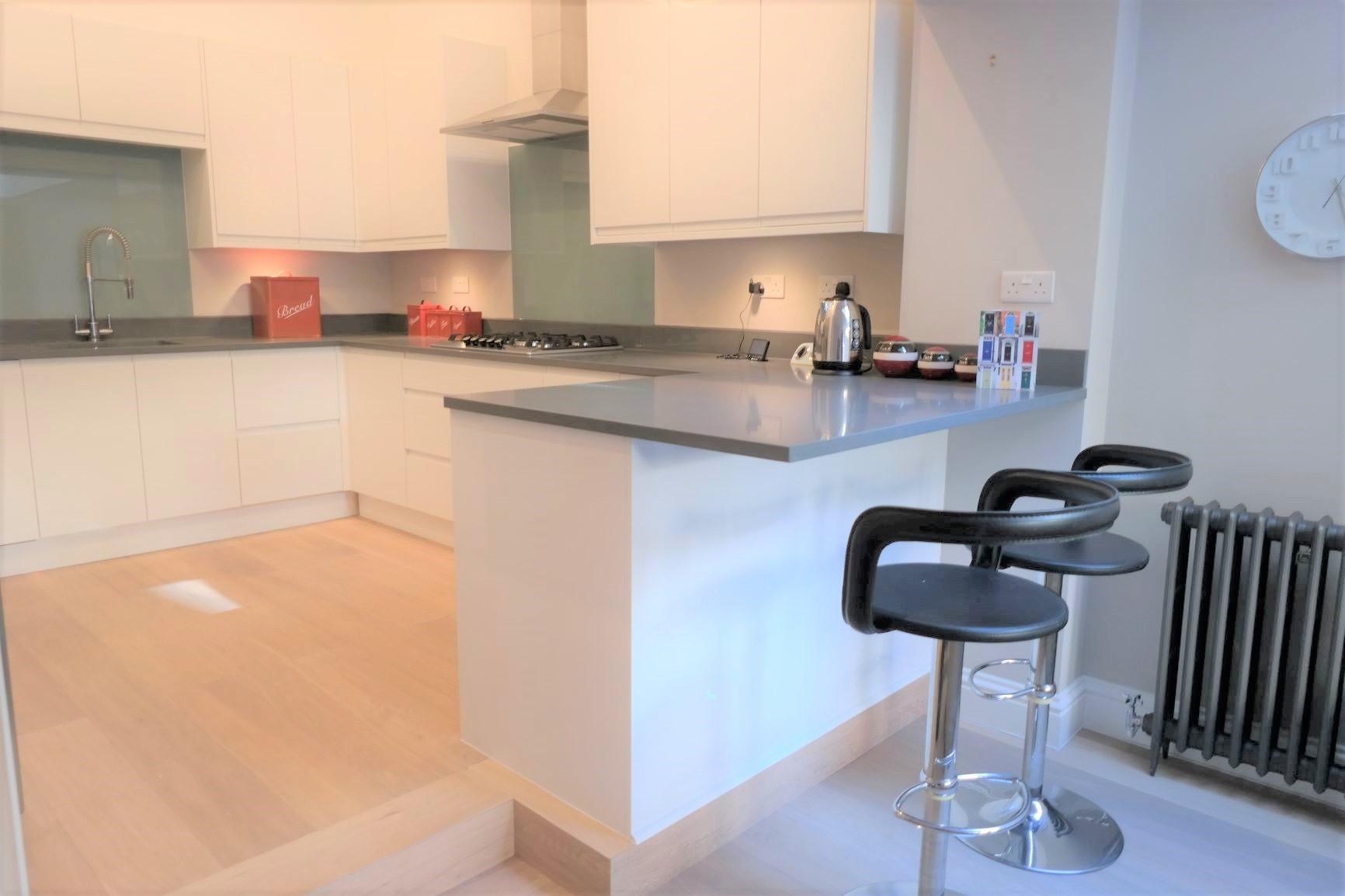 LR Kitchen C