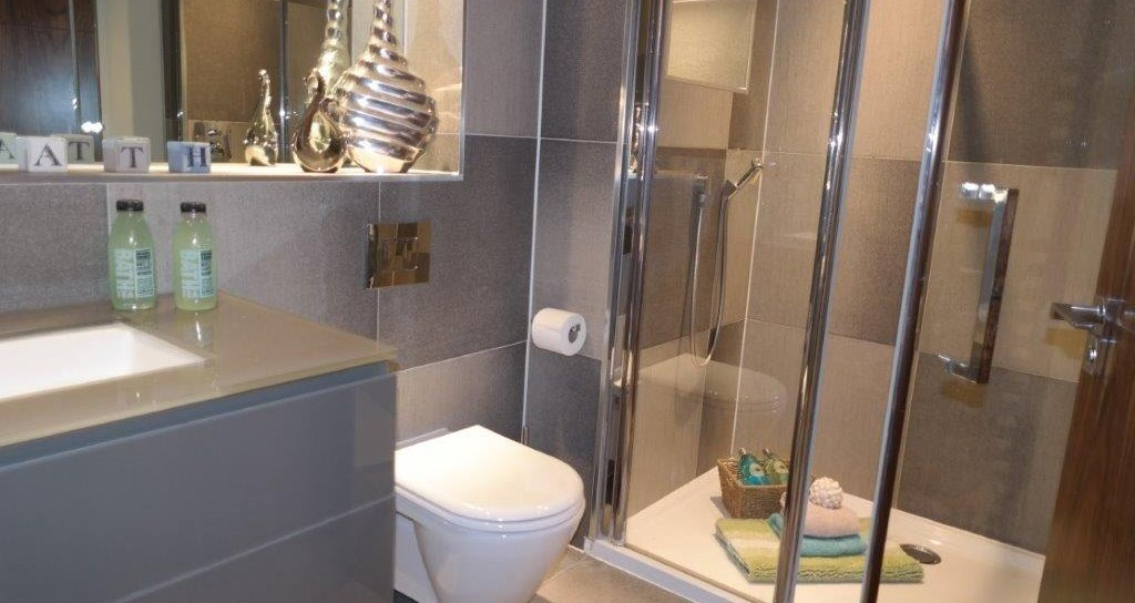 J-CP-Room-3-En-Suite-1024x544