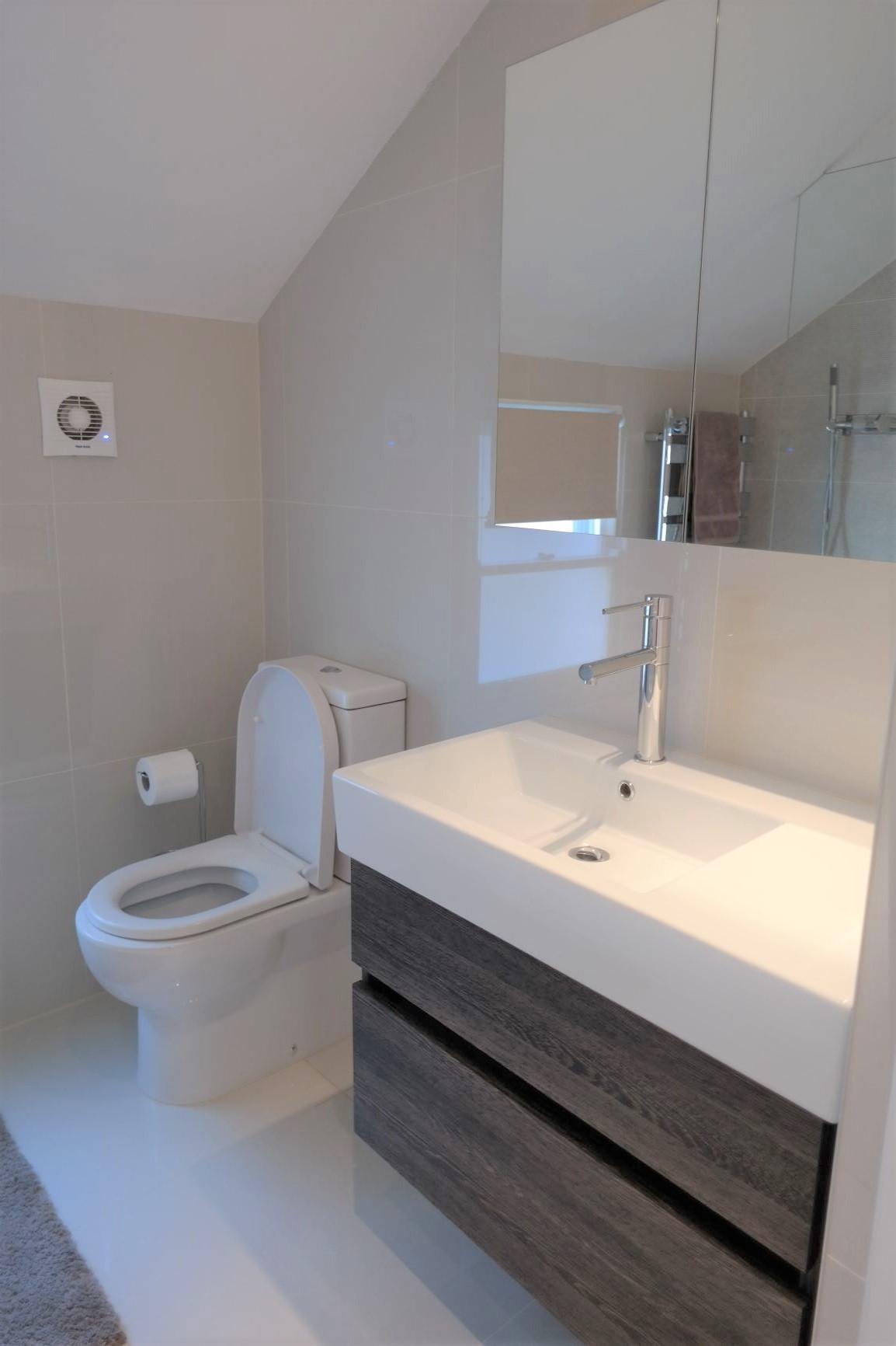 LR Bathroom E
