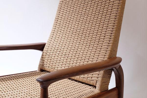 Mid Century Modern Recliner Lounge Chair