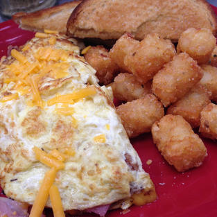 Omelette and tots
