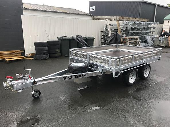 2.5 x 1.8 Tandem Axle flat deck .jpg