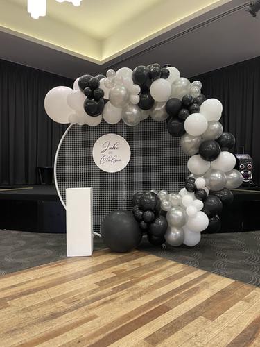 Balloon Garland, Mesh Wall, Personalised Name Disc and Plinth