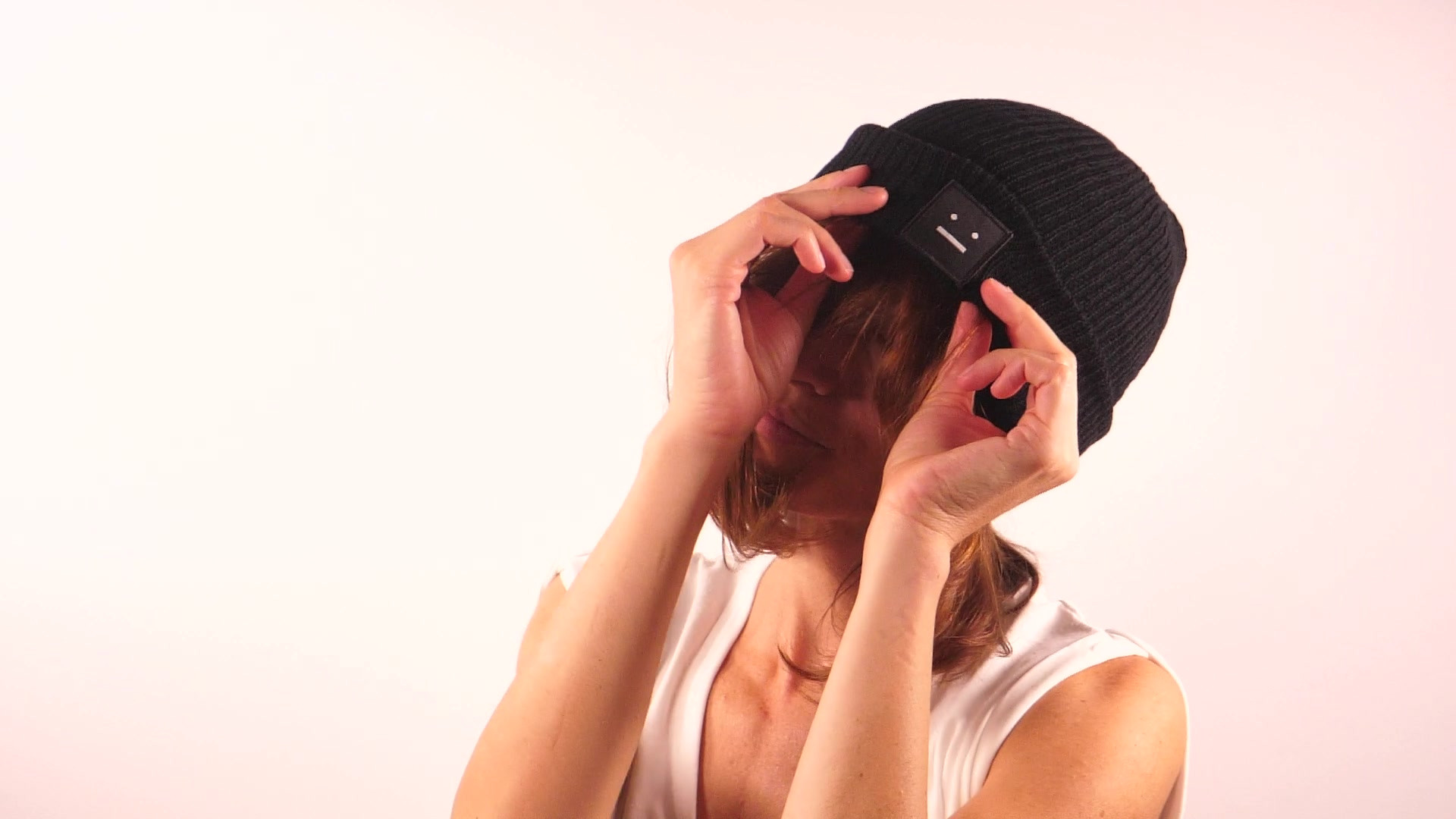 girls-hat.mp4