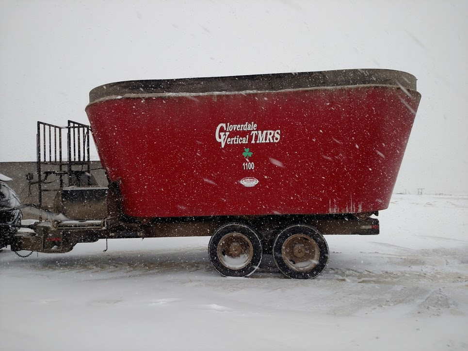 A2 – Side view, 9,963 loads, 221,107,910 lbs. of feed.