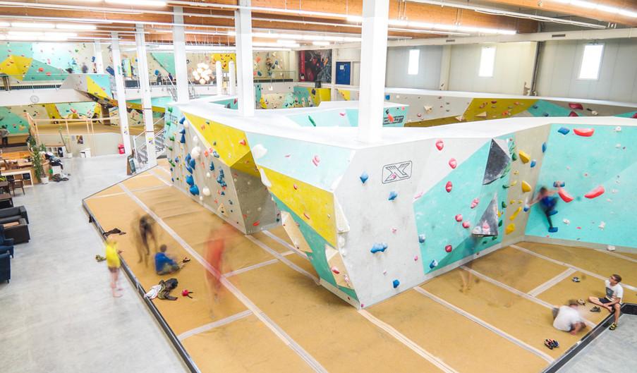 Boulder gym Freiburg.jpg