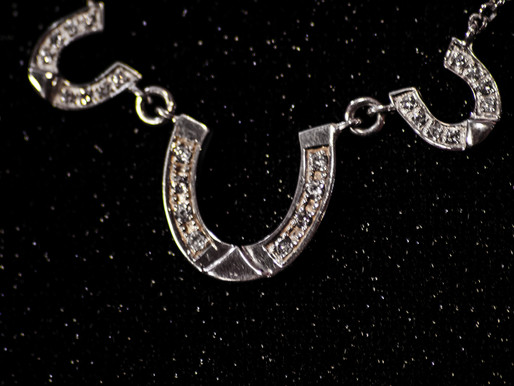 RALSTONS JEWELLERS: COMBINING A LOVE OF HORSES & JEWELLERY