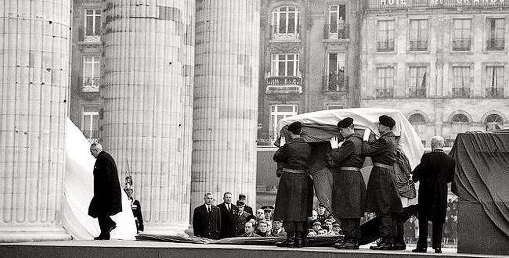 Entrée au Panthéon des cendres de Jean Moulin